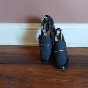 DKNY Professional Style Heels